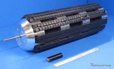 360度全方向に移動可能なクローラー、NEDOと東北大が開発に成功 世界初