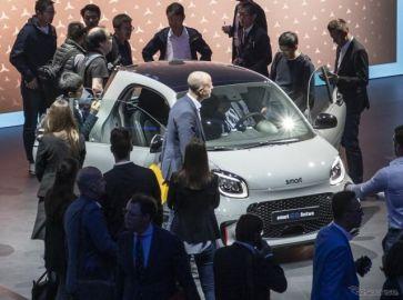 スマート フォーツーEV 改良新型、2020年から全車電動化へ…フランクフルトモーターショー2019