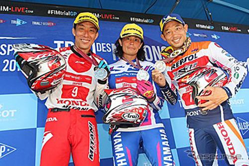 日本代表ライダー、左から小川友幸、黒山健一、藤波貴久《画像:日本モーターサイクルスポーツ協会》