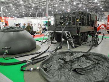 9000万円の浄水車、防衛省が展示…危機管理産業展2019