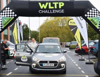 スズキ スイフト、燃費チャレンジで26km/リットル…公式燃費から42%向上
