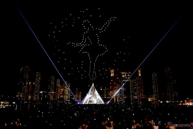 "FUTURE DRONE ENTERTAINMENT Intel(R) Drone Light Show ""CONTACT""《撮影 後藤竜甫》"