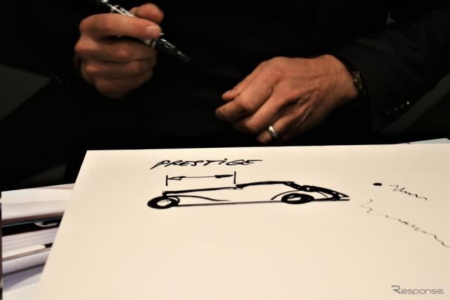 過去のメルセデス540Kのイラストをもとに説明《撮影  内田俊一》
