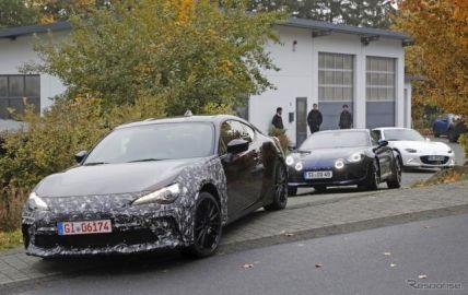 ロードスターとアルピーヌ従え…スバル BRZ 謎の開発車両、改良モデルかスペシャル仕様か