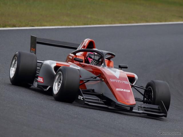 日本のフォーミュラ・リージョナルは「童夢F111/3」のワンメイクで競われる。《写真提供 フォーミュラ・リージョナル事務局》