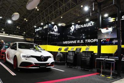 限定4台!! ニュルブルクリンク最速のFF市販車登場 ルノースポール…東京オートサロン2020