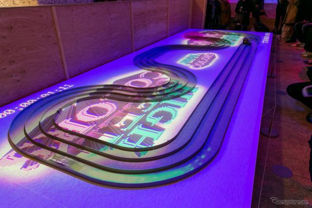 光と映像、音で彩るミニ四駆 ソニーのテクノロジーを用いたコースが渋谷に登場