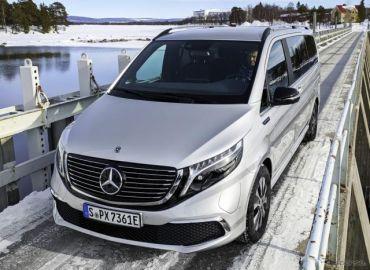 メルセデスベンツ Vクラス のEV『EQV』、氷雪路での耐久テスト開始…2020年後半に市販へ