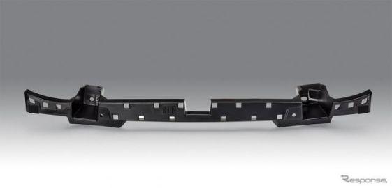 マツダ3/CX-30、BASFの高性能素材をリアバンパーステーに採用