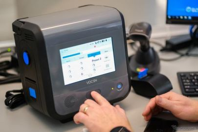 GMが人工呼吸器を量産開始、フォードモーターは移動式の検査車両を提供…新型コロナウイルス
