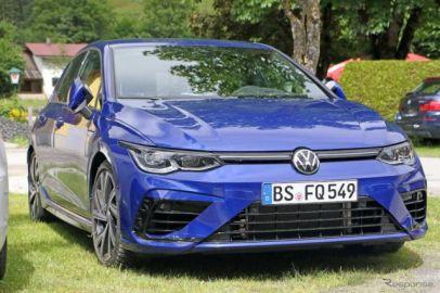 ついに「Rブルー」で出現…VW ゴルフR 新型、内外装ほぼ全て見えた