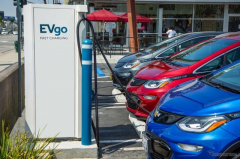 GMが急速充電ネットワークを3倍に拡大…今後5年間に米国で