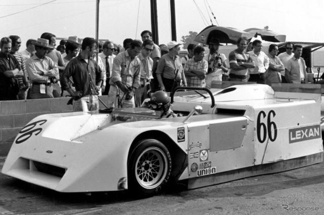 シャパラル2J(ヴィック・エルフォード車)、1970年Can-Amリバーサイド戦。《Photo by Bernard Cahier/Hulton Archive/ゲッティイメージズ》