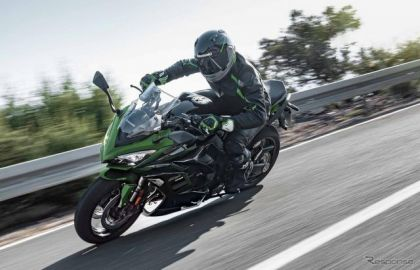 カワサキ、スポーツツアラー『Ninja 1000SX』のカラー&グラフィック変更