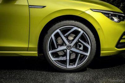 VW ゴルフ 新型、ブリヂストン「TURANZA ECO」を新車装着…ENLITEN技術を採用