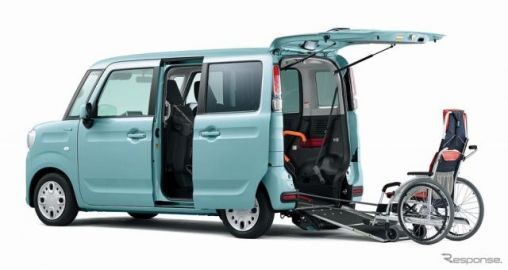 スズキ スペーシア 車いす移動車、デュアルカメラブレーキサポートを標準装備