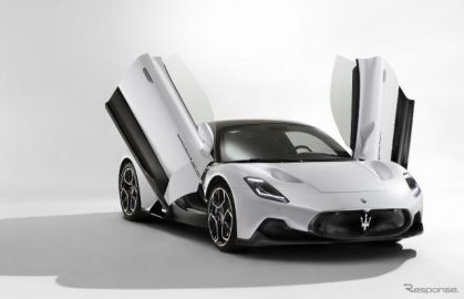 マセラティの新型スーパーカー『MC20』、電動バージョンを計画