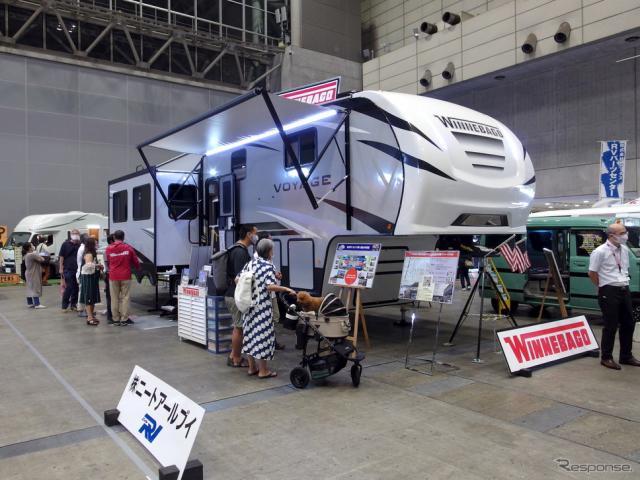 ニートRV/ウィネベーゴ『ボヤージュ・フィフスホイール』(東京キャンピングカーショー2020)《写真撮影 高木啓》