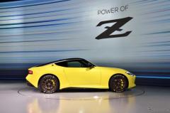 【日産 フェアレディZ 次期型】S30とZ32をモチーフとしながら現代の技術で新しさ…デザイン担当役員
