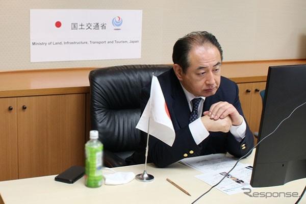 御法川副大臣のWEB会議出席の様子《写真提供 国土交通省》