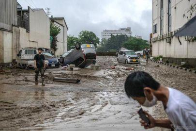 大雨で浸かったクルマ、水が引いても使用しないで---国交省