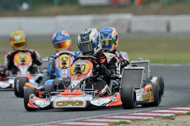 CIK-FIA世界カート選手権第1戦レース4で優勝したダビデ・フォレ(鈴鹿サーキット、2012年5月20日)《写真提供 モビリティランド》