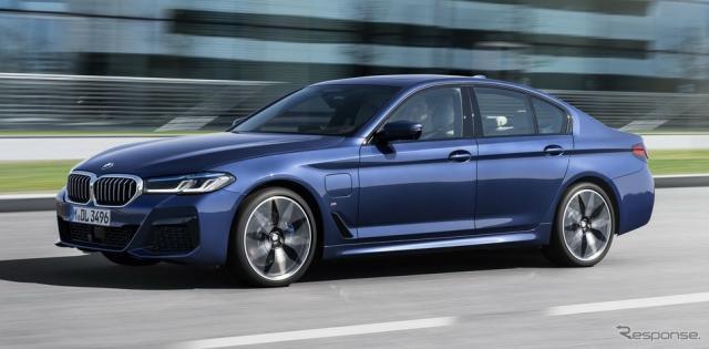 BMW 5シリーズ・セダン 改良新型のPHV「530e」《photo by BMW》