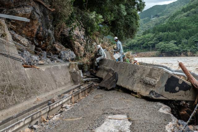令和2年7月豪雨(7月6日、熊本県球磨郡)《Photo by Carl Court/Getty Images News/ゲッティイメージズ》