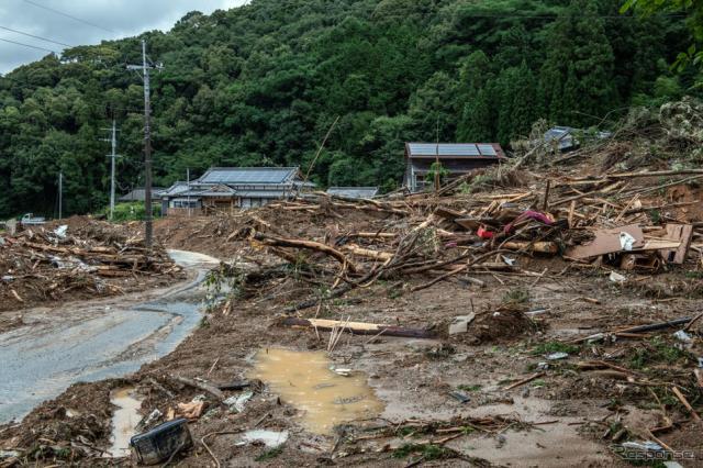 令和2年7月豪雨(7月6日、熊本県葦北郡)《Photo by Carl Court/Getty Images News/ゲッティイメージズ》