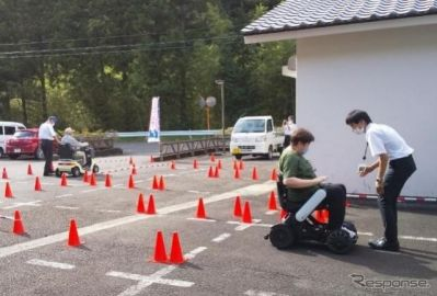 電動車いすの普及推進---5都市で導入実証 経産省