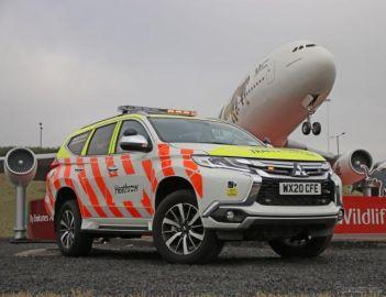 三菱 パジェロスポーツ 新型、空港オペレーション車両として配備…英ヒースロー