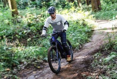 「手軽で奥深い」フルサスeバイク…ヤマハの最高峰『YPJ-MT Pro』に二輪ライターが乗ったら世界が変わった