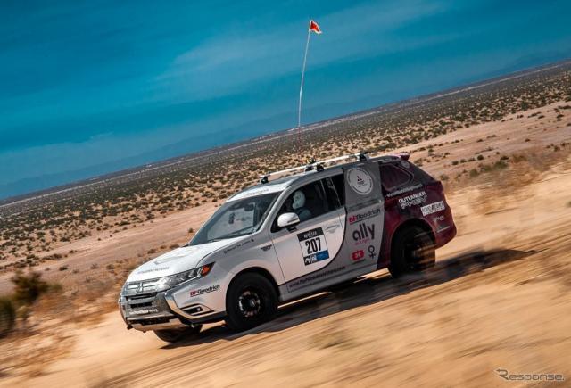 米「Rebelle Rally」に参戦した三菱 アウトランダー PHEV《photo by Mitsubishi Motors》