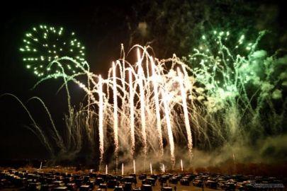 初冬に輝く7スロット花火 ジープコミュニティ向けの花火大会を実施