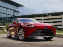 トヨタ ミライ 新型、燃料電池システムを一新…12月に米国発売