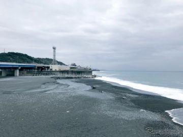 海沿いの高速道路に波! リモート監視…東名高速と西湘バイパス