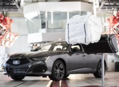 アキュラの新世代エアバッグ、頭部保護デザインに高評価…米科学誌