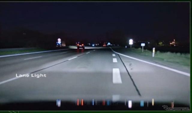 進行方向に照射エリアを拡大、縮小、変形させる≪photo by Audi≫