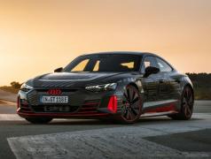 アウディが電動化などに投資、フルEVを20車種に拡大へ…2025年までに