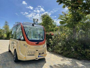 ウィラー、シンガポール国立庭園で自動運転の実証実験開始