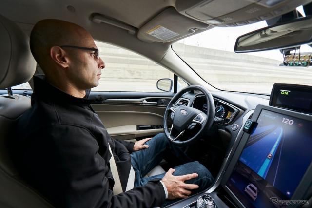 モービルアイの自動運転テスト車両(デトロイト市内)《photo by Mobileye, an Intel Company》