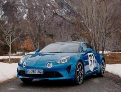 【WRCラリーモンテカルロ】アルピーヌ A110S が公式コースカーに、F1ドライバーが運転予定