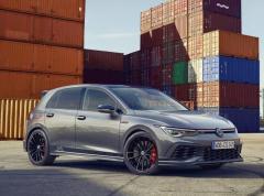 VW ゴルフ GTI 新型に「クラブスポーツ45」、初代発売45周年記念車…欧州発表
