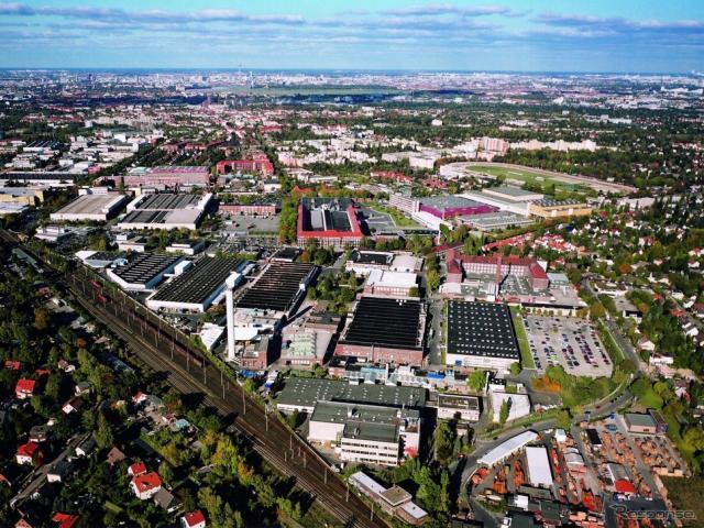 メルセデスベンツのドイツ・ベルリン工場《photo by Mercedes-Benz》