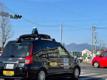 自動運転車と電動車いすを連携、移動サービスが好評価 つくば市で実証実験を実施