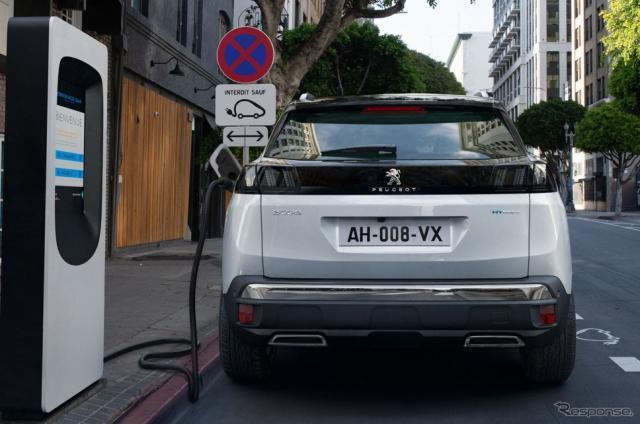 プジョー 3008 ハイブリッド《photo by Peugeot》