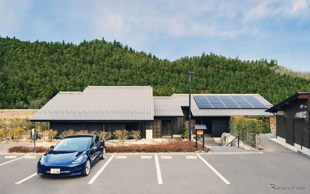 古民家の宿 川の音 離れ《写真提供 Tesla Motors Japan》