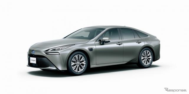 トヨタ MIRAI Advanced Drive(プレシャスメタル)<オプション装着車>《写真提供 トヨタ自動車》