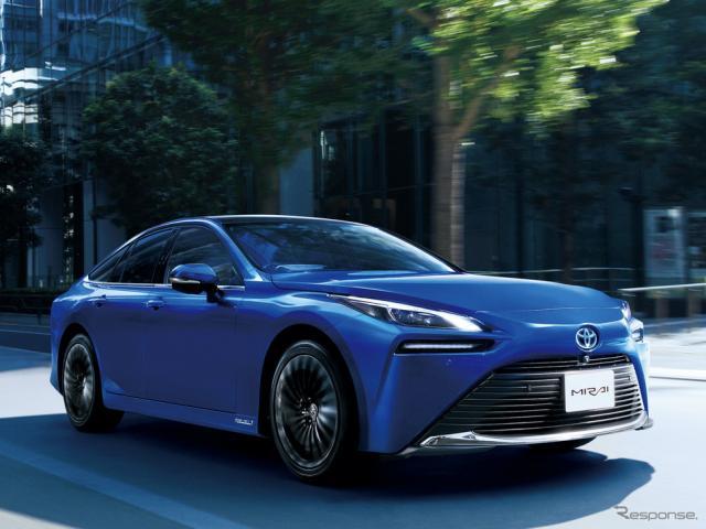 トヨタ MIRAI(燃料電池タクシー)《写真提供 トヨタ自動車》