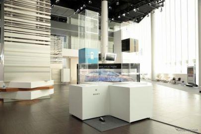 「ドライブタワー」展示中、電気の走りとガソリンの走りを体感…日産ギャラリー